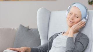 تاثیر موسیقی بر روی بیماران سرطانی