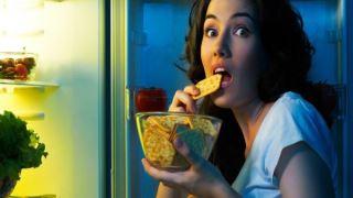 وعده های غذایی شبانه می توانند برای قلب زنان مضر باشند
