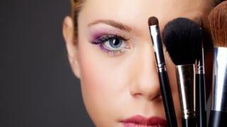 مواد شیمیایی لوازم آرایشی می تواند به DNA سلول های پستان آسیب برساند