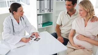 مشاوره ژنتیک چیست، چگونه انجام می شود و چه کسانی نیاز به مشاوره دارند؟