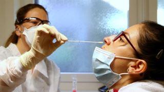 تست آنتی بادی برای تشخیص کرونا مناسب است یا تست pcr ؟