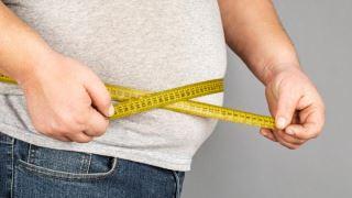 اثر واکسن کرونا بر روی افراد چاق کمتر است