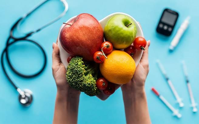 ویروس کرونا و تغذیه